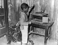 child_playing_phonograph.jpg
